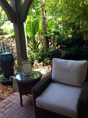 Genial Craneu0027s Beach House Boutique Hotel U0026 Luxury Villas: Comfortable Chair In  The Shade On A