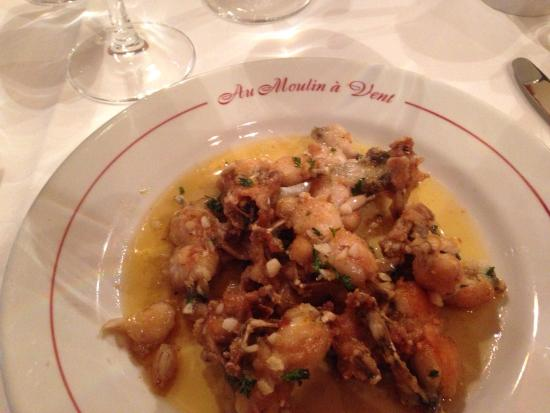 Au Moulin a Vent Chez Henri: Frogs legs - sublime