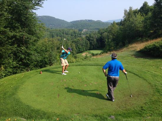 Le Diable Golf Course: 6th tee from the black tees