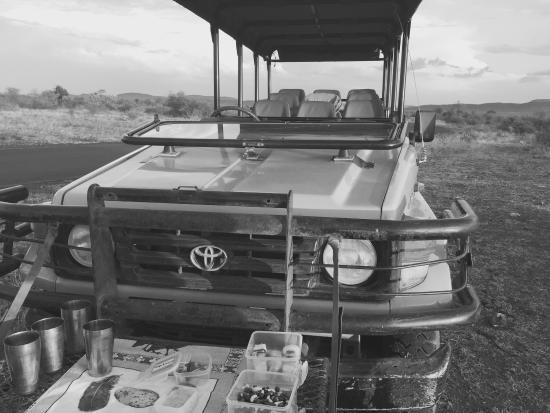 Motswiri Private Safari Lodge : Sundowner drinks and snacks