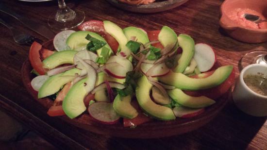Arbol de Montalvo Restaurant: avocado salad