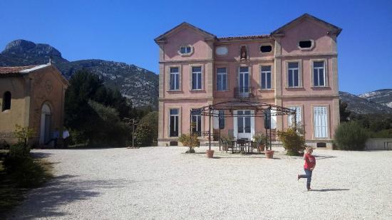 Chateau De Favary : Le château et la Chapelle