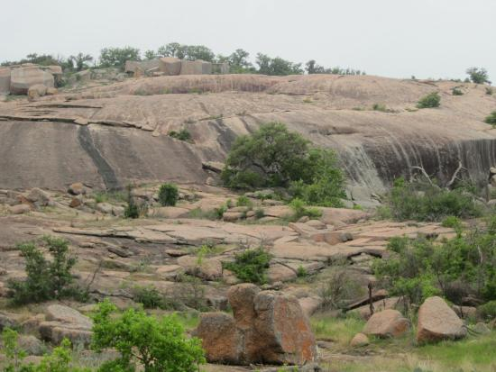 scenery - Picture of Enchanted Rock State Natural Area ...