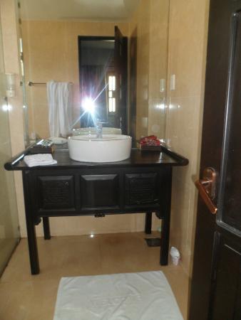 Faifoo Boutique Hotel: la salle de bain