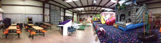 Jumping Jack's Indoor Playground & Mini-Golf