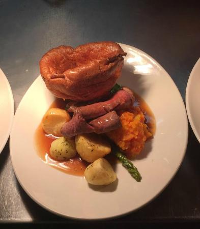 Owens Restaurant & Bar: Roast Dinner