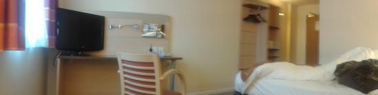 Holiday Inn Express Leeds City Centre: Also Room 512