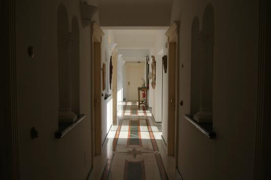 Hotel Bussola: Второй этаж