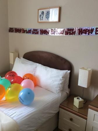 Riviera Lodge Hotel Torquay: Our Bedroom this is what they done for my Husband .you just can't fault them .lovely people