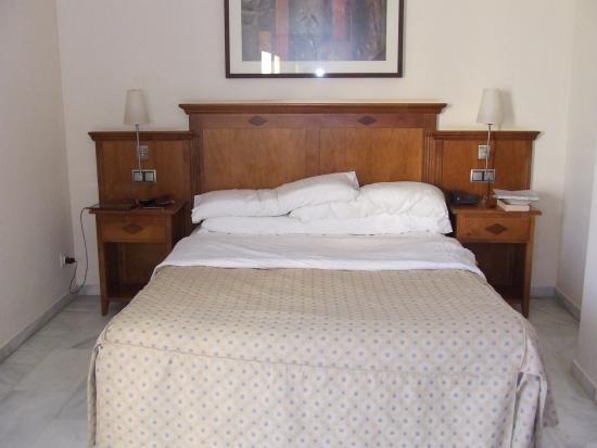 BQ Andalucia Beach Hotel: The bedroom