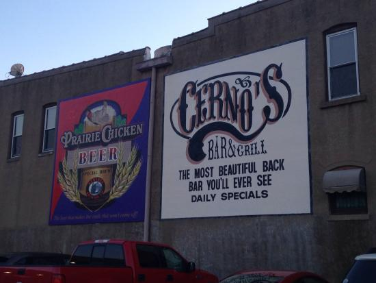 Cerno's Bar and Grill : Side of building. They don't carry the beer in the add