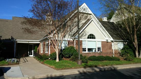 Residence Inn by Marriott Asheville Biltmore: Residence Inn Asheville Biltmore @ 701 Biltmore Avenue, Asheville, NC