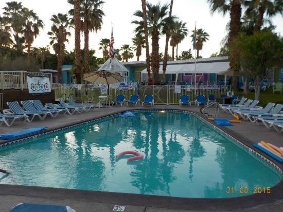 CCBC Resort Hotel: Large Pool