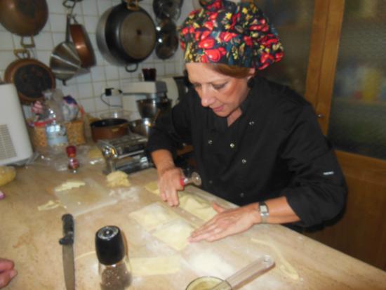 Sicilian Demo Cooking: Fiora at work