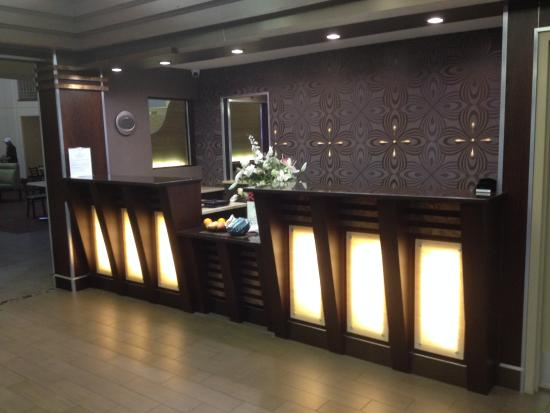 Country Inn & Suites By Carlson, San Carlos : Hotel reception area