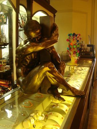 Foto de sanborns de los azulejos ciudad de m xico tienda for Sanborns azulejos restaurante