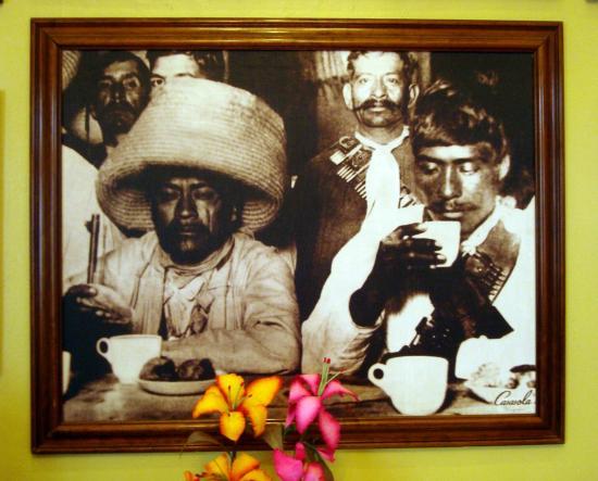 Foto de zapata en casa de los azulejos sanborns de los for Historia de sanborns