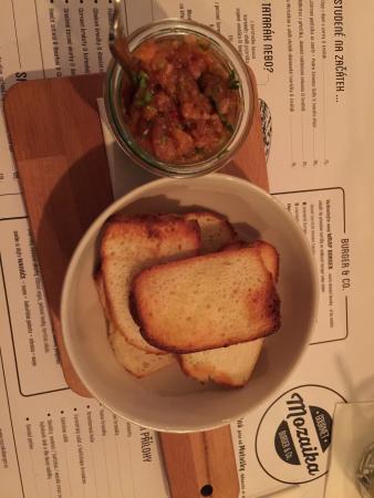 Mozaika Burger & Co. : Starter - salmon tartar