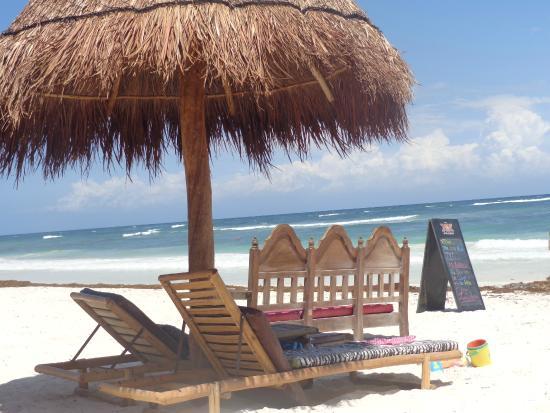 My Tulum Cabanas: camastros