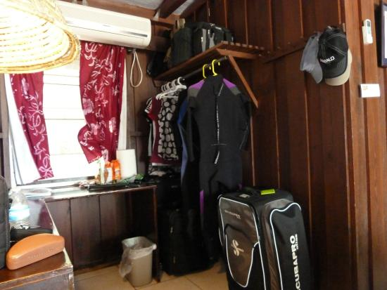 Small Hope Bay Lodge: Plenty Of Closet. Over Packed For Sure!