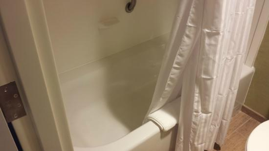 hilton garden inn akron tubshower was big great water pressure - Hilton Garden Inn Akron