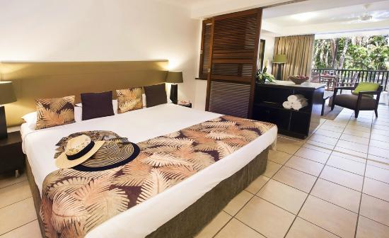 The Reef Retreat Palm Cove: One bedroom suite