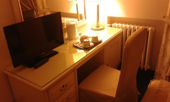 Hotel 4 Stagioni: Teiera con tisane