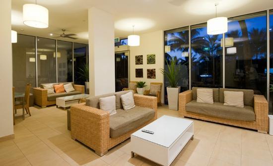 Whitsunday Apartments Hamilton Island: Guest Lounge