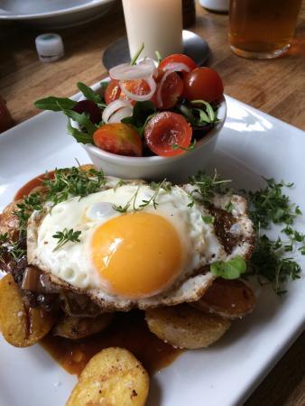 Cafe Katz: Danish Burger
