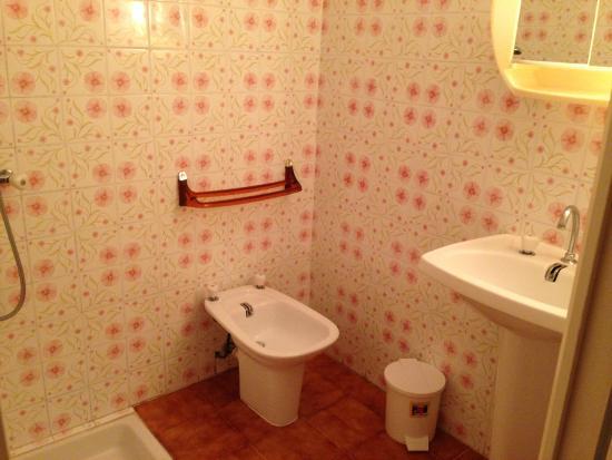 Residence St Francois: bathroom