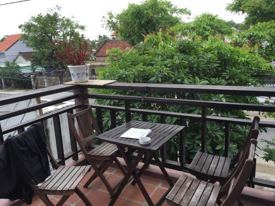 SacLo Homestay and Hostel: Balcony