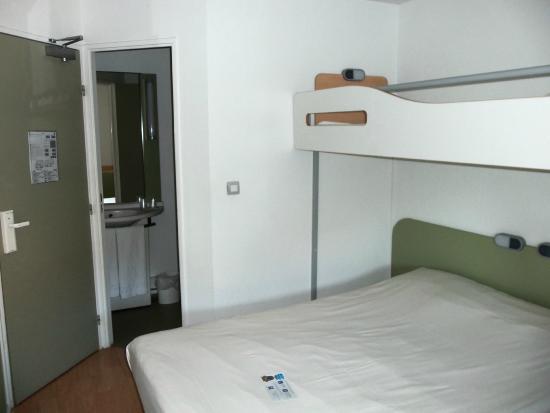 Ibis budget lille centre hotel france voir les tarifs 778 avis et 79 photos - Prix chambre ibis budget ...