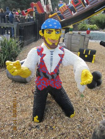 Windsor, UK: Lego pirate