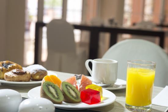 Hesperia Córdoba: Breakfast