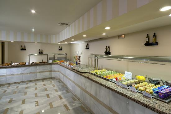 Hesperia Córdoba: Buffet Breakfast