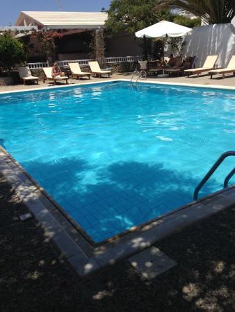 Andromeda Residence : Pool side!