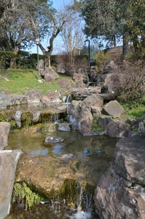 Rocce di carrara foto di giardino giapponese roma - Piccolo giardino giapponese ...