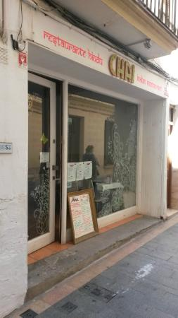 Chai Indian Restaurant Sitges : View from the street