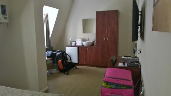 Royal Hotel: Big room
