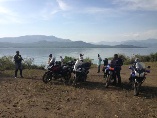 Tomoto Tours - Day Tours