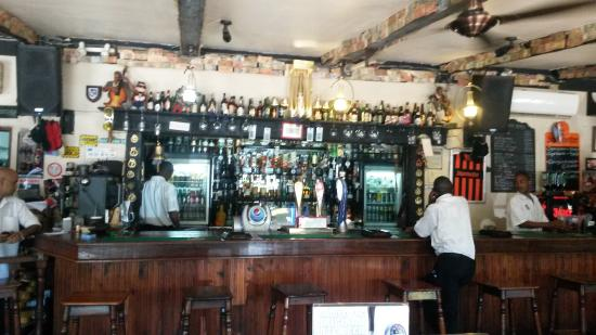 George & Dragon: The Bar