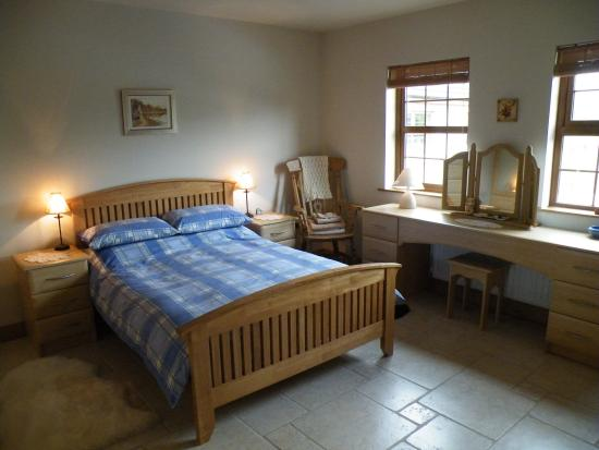 Rathfriland, UK: Downstairs bedroom