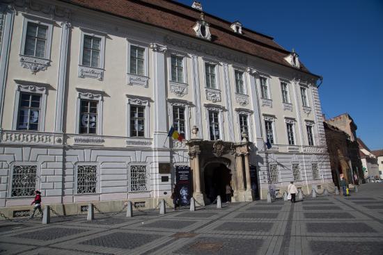 Brukenthal National Museum: музей