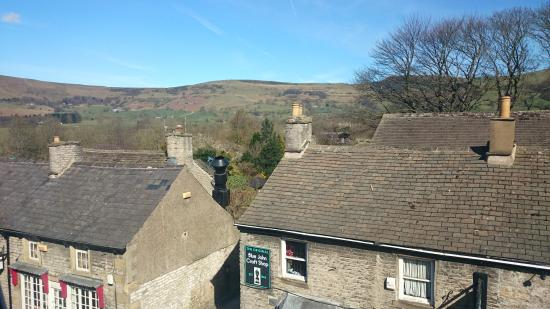 Ye Olde Nags Head: View from Winhill