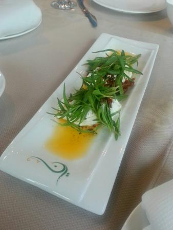 Nay Restaurant & Lounge