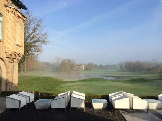 Le Kempferhof Golf et Château-Hôtel : Morning view from the breakfast room