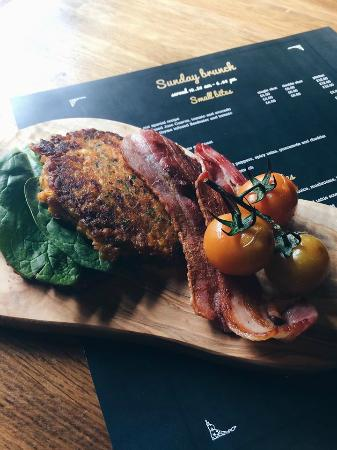 Sweetcorn Fritters with roast tomatoes, bacon and spinach