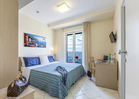 Hotel Cosmomare: Standard vista mare
