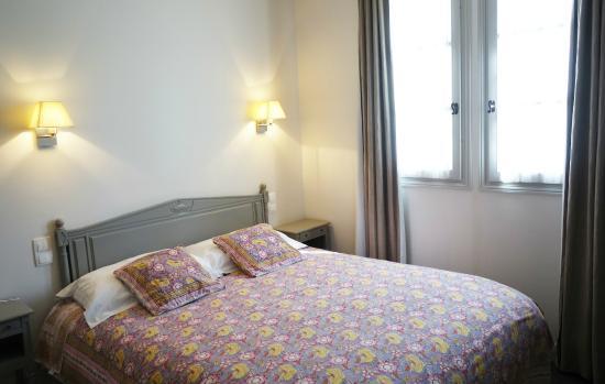 hotel de biencourt azay le rideau france voir les tarifs et 149 avis. Black Bedroom Furniture Sets. Home Design Ideas