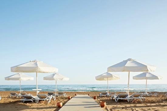 Sunwing Side Beach: Beach Club